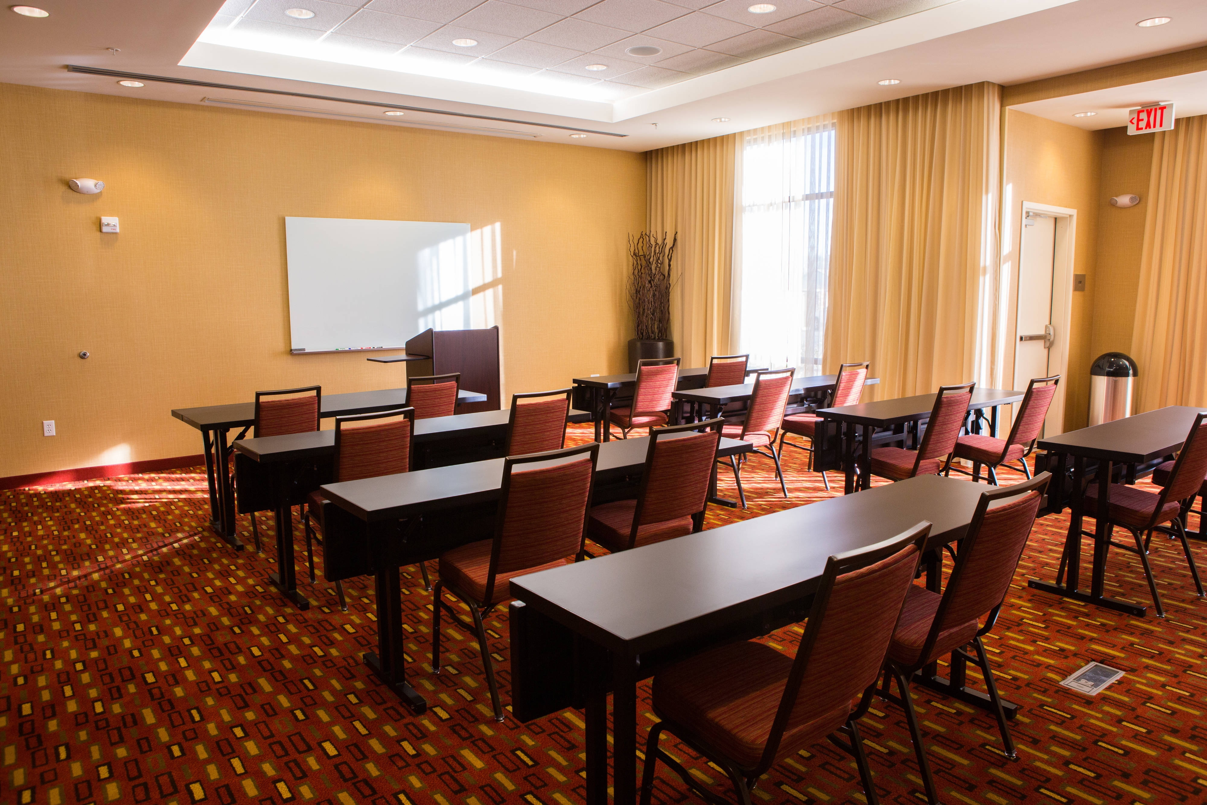 Will Rogers Meeting Room – Classroom Setup