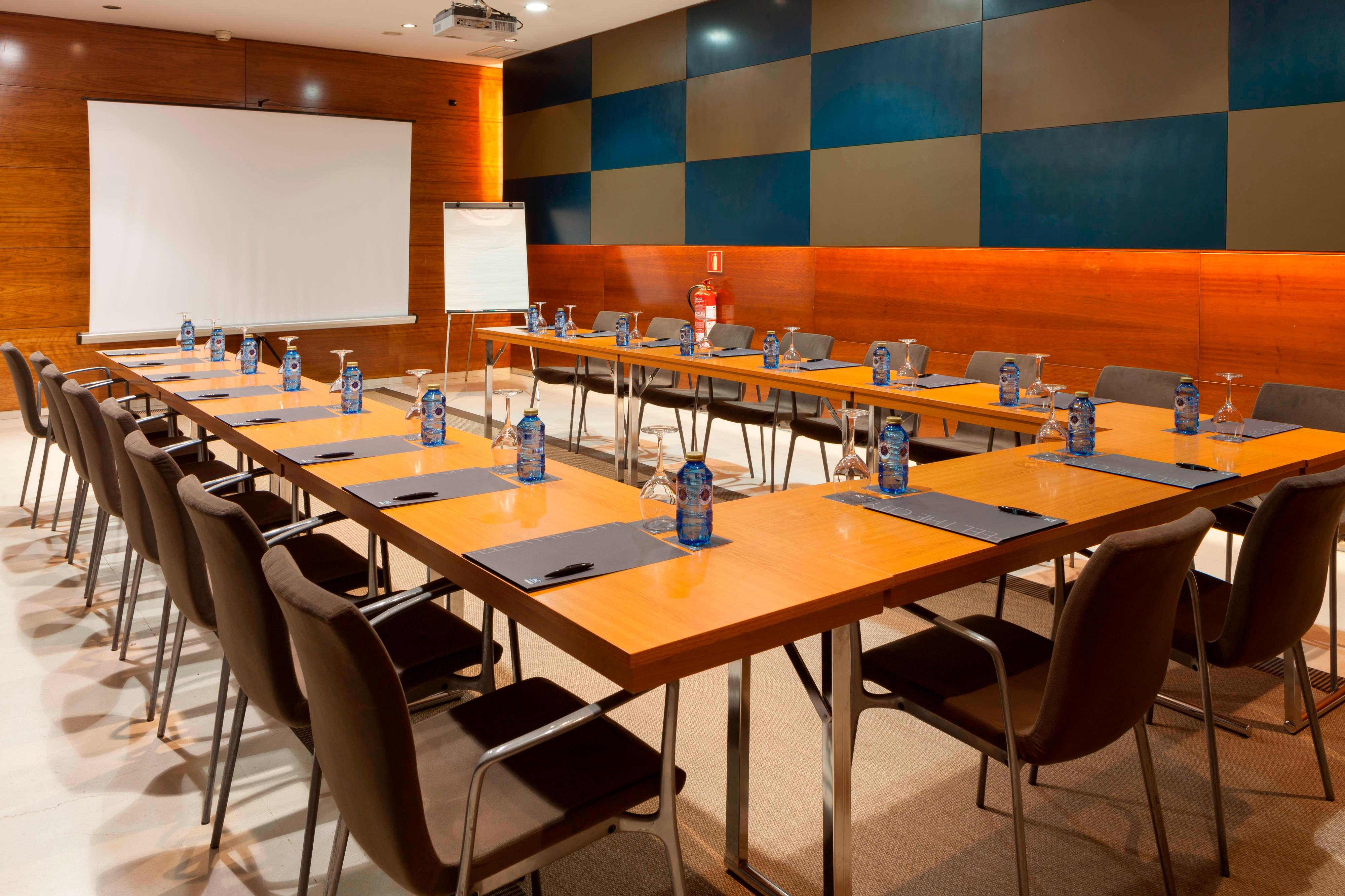Meeting Room –Hotel León