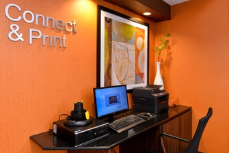 Fairfield Inn & Suites Georgetown Business Center