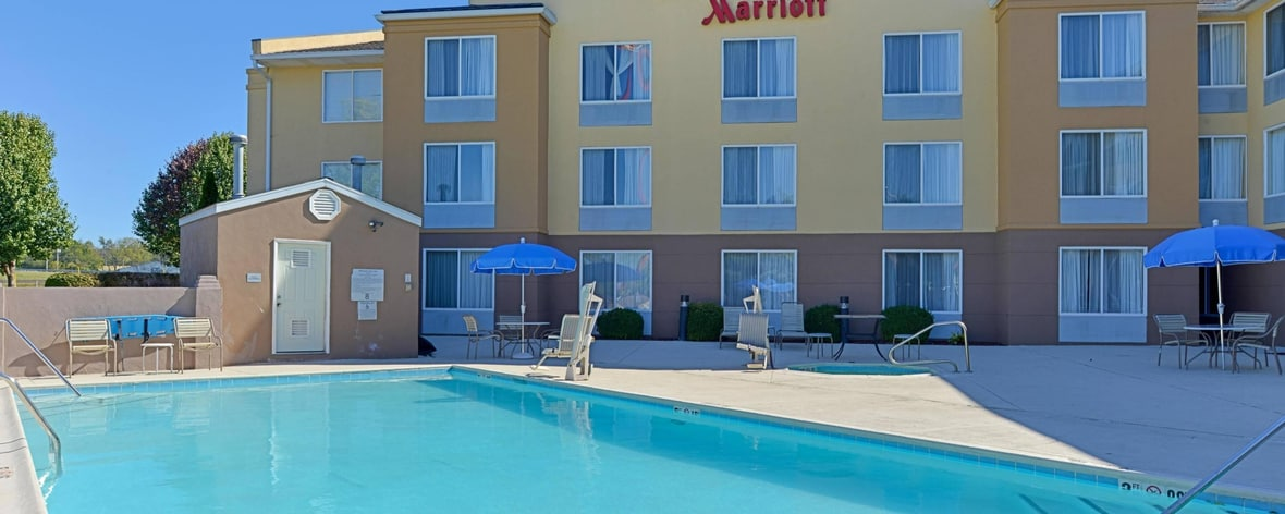 Piscina del Fairfield Inn & Suites en Georgetown