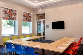 Tactic Meeting Room - U-Shape Meeting