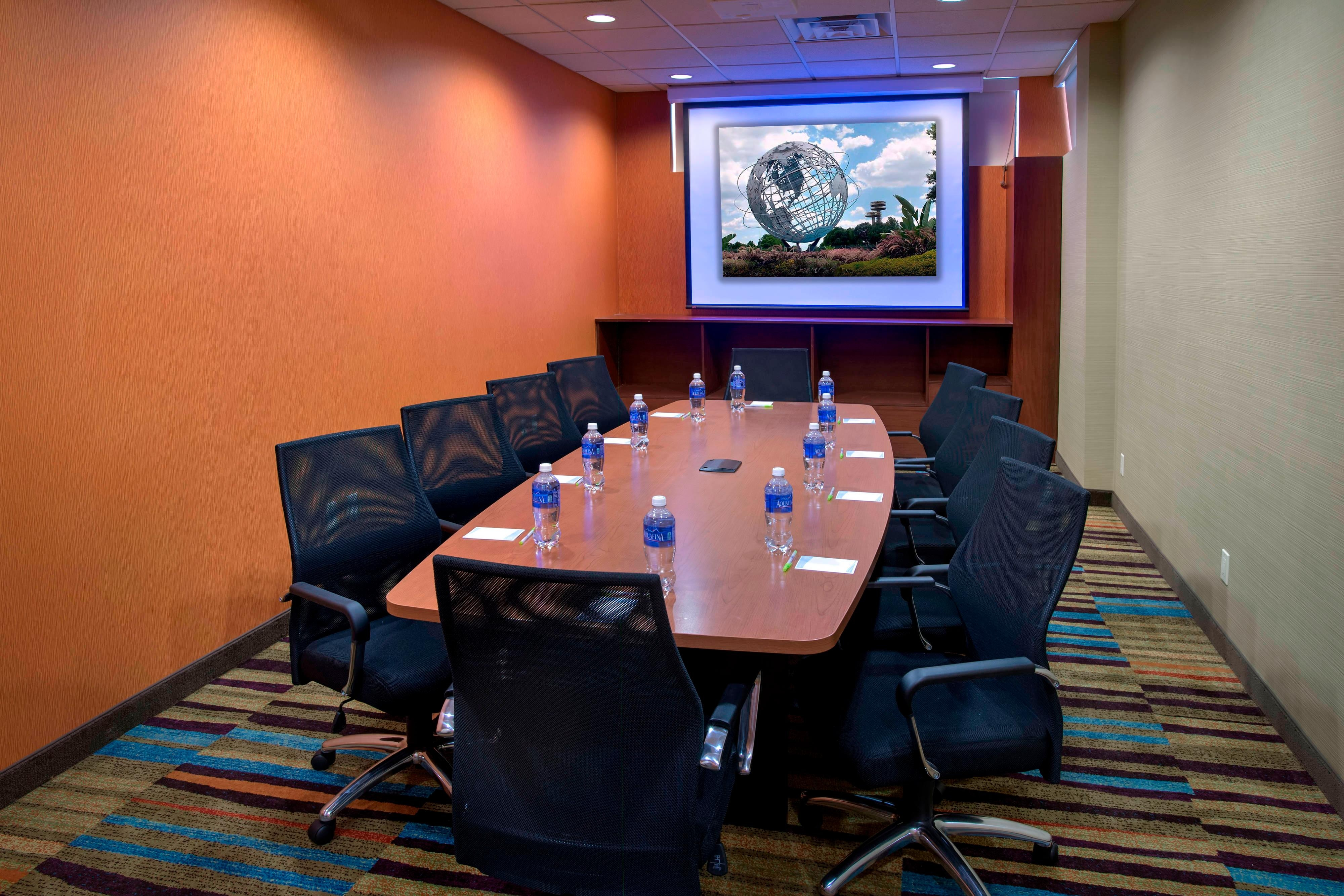 Meeting Space near LaGuardia Airport