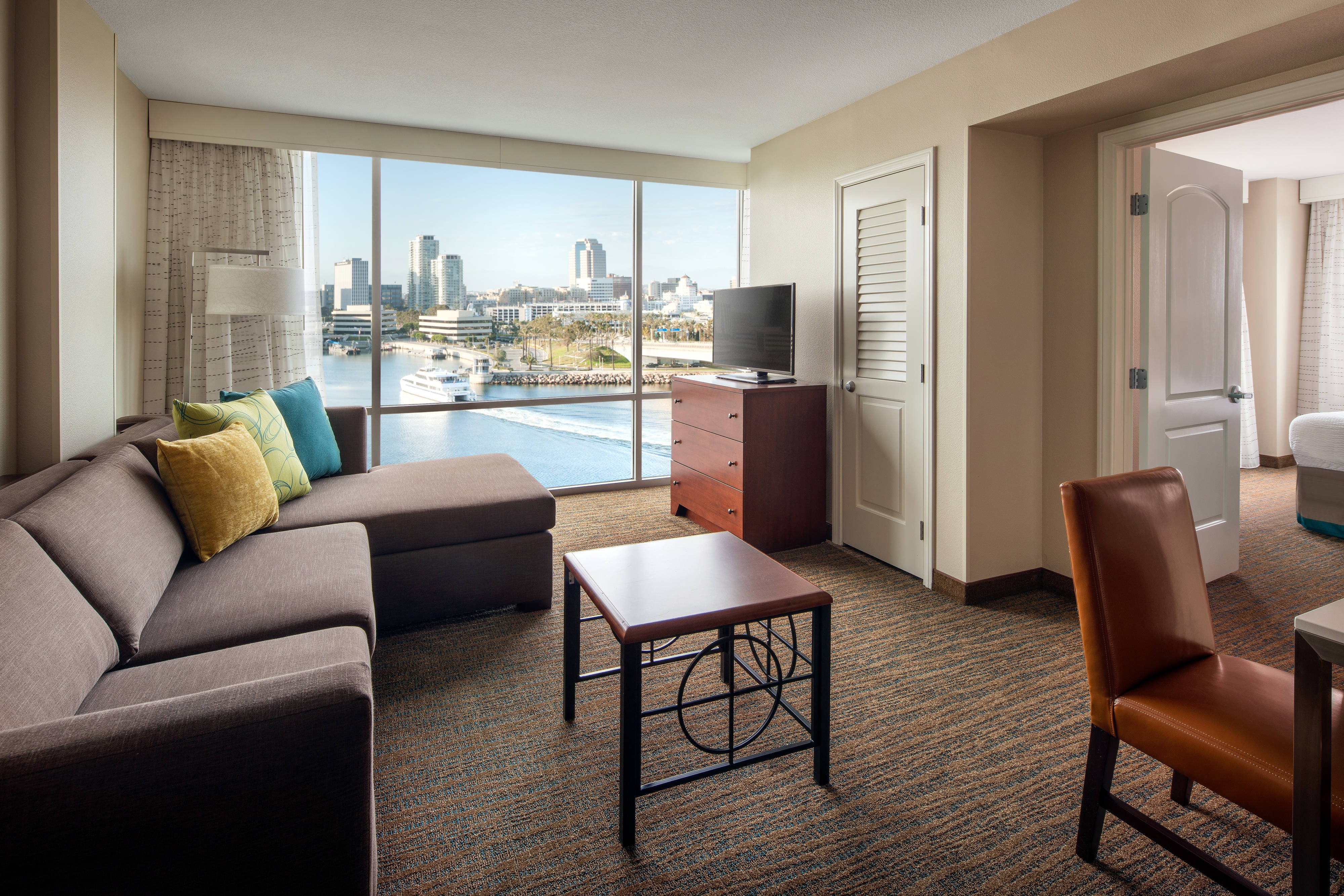 One-Bedroom Harbor View Suite