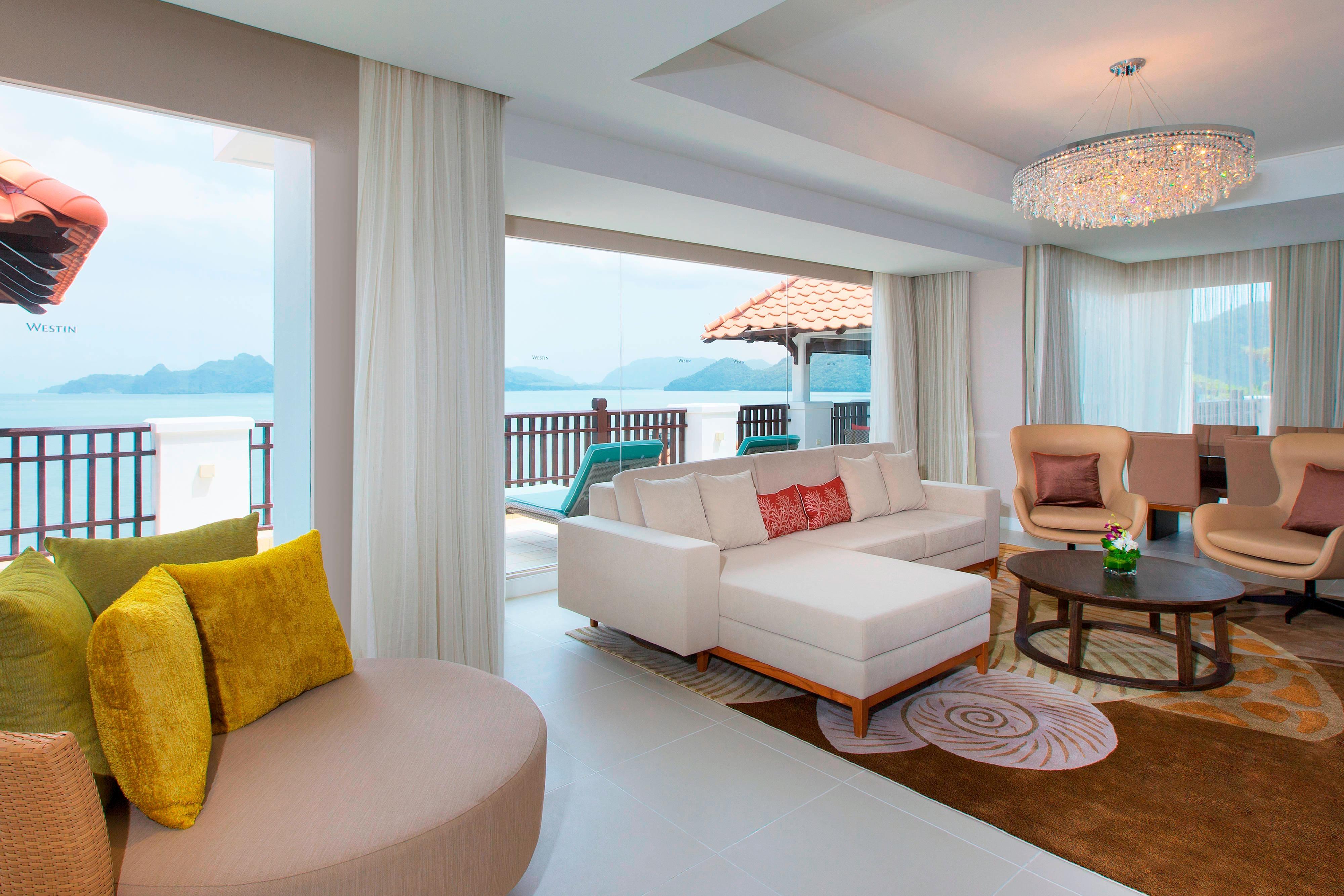 Área de estar da suíte de dois quartos – Frente para o mar