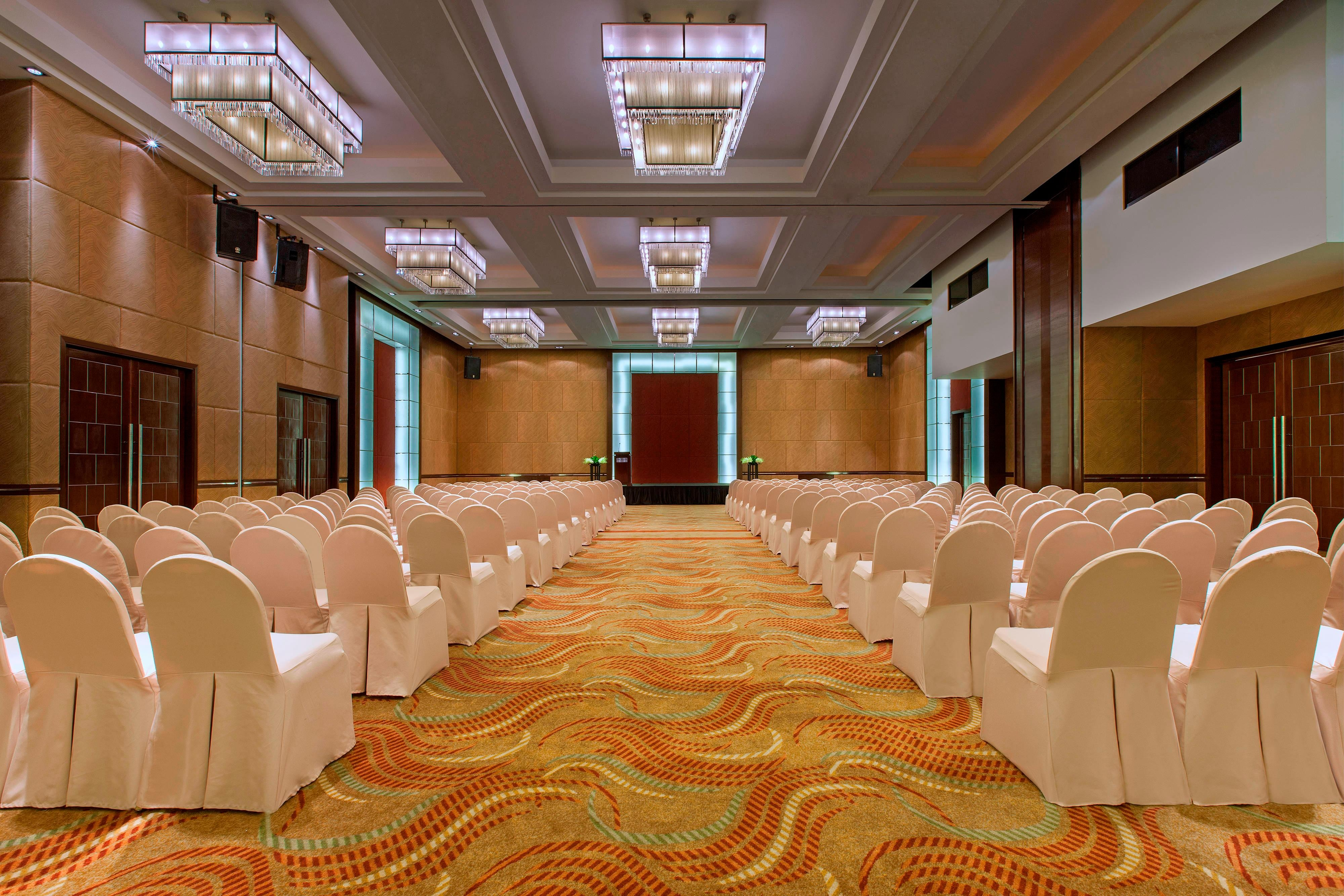 Grand Ballroom - Theatre-Style Meeting