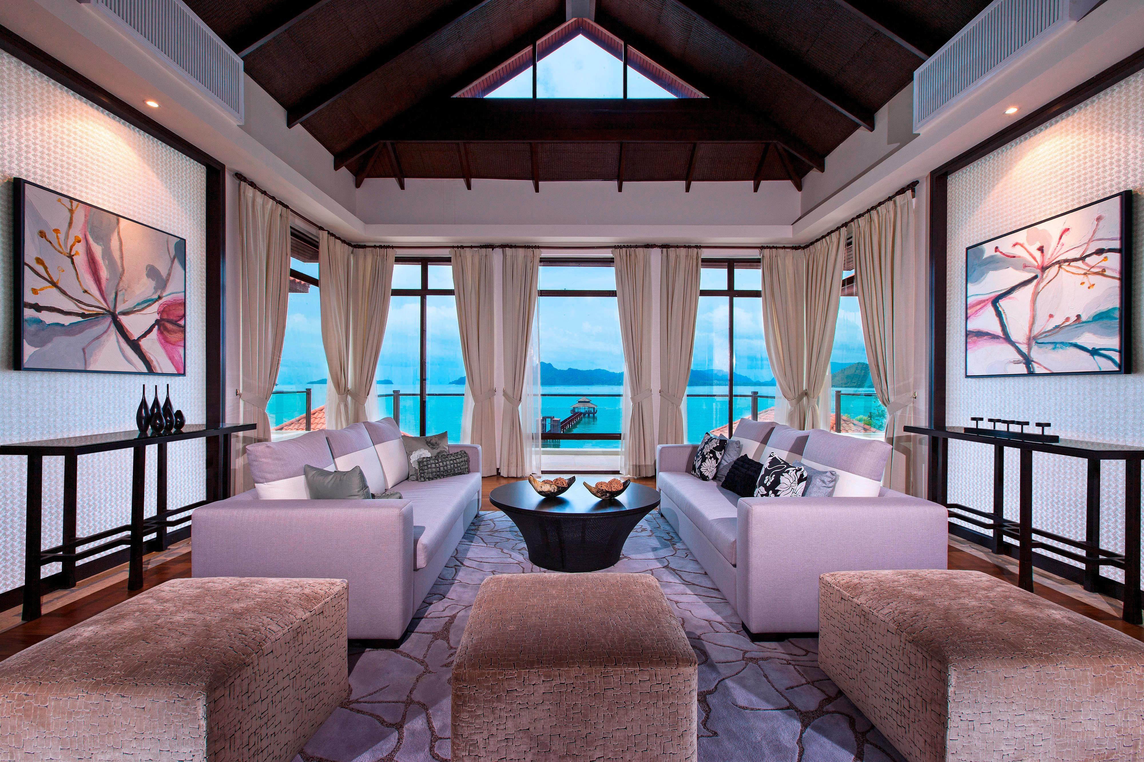 Five-Bedroom Villa - 2nd Floor Living Room