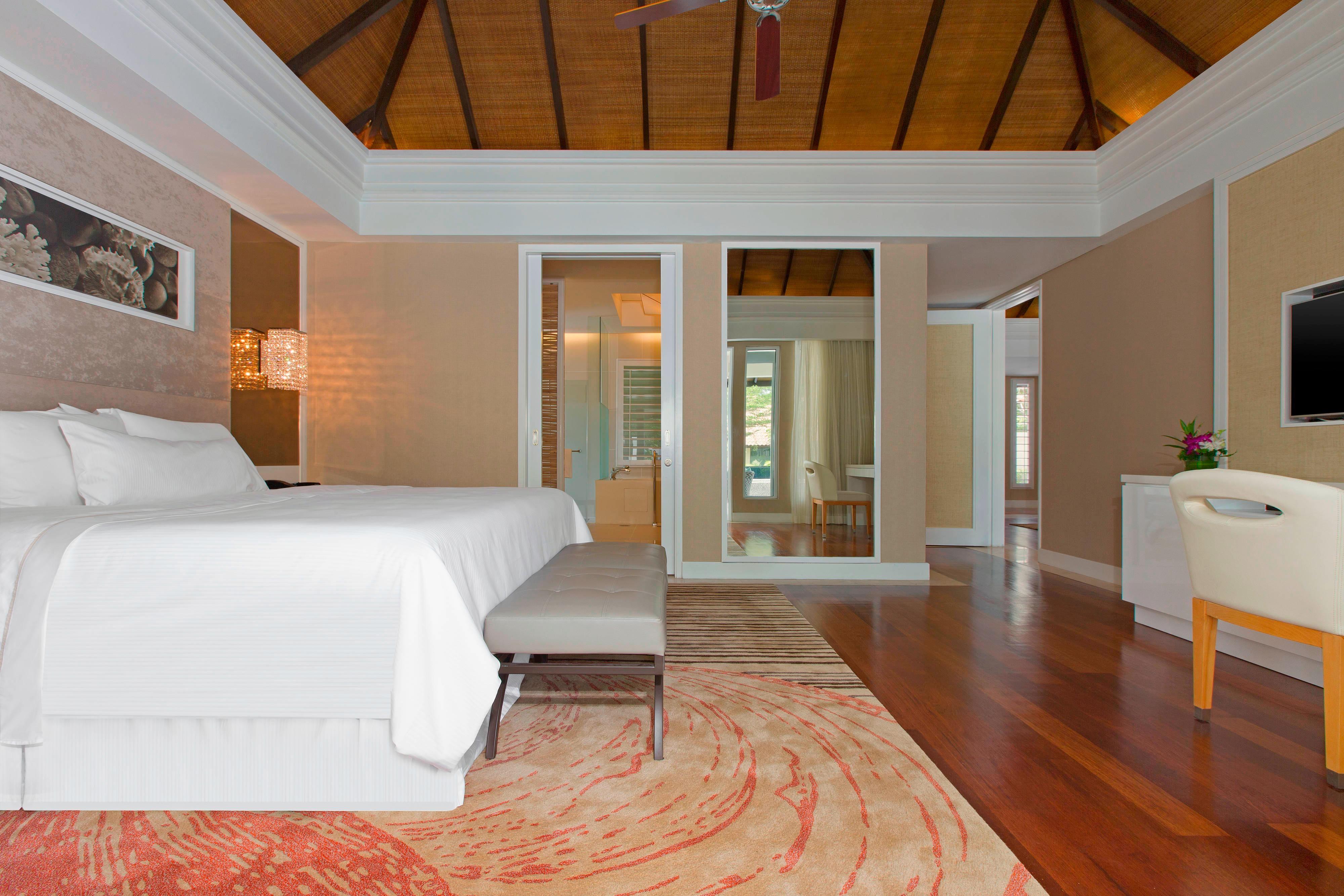 Two-Bedroom Villa - Master Bedroom