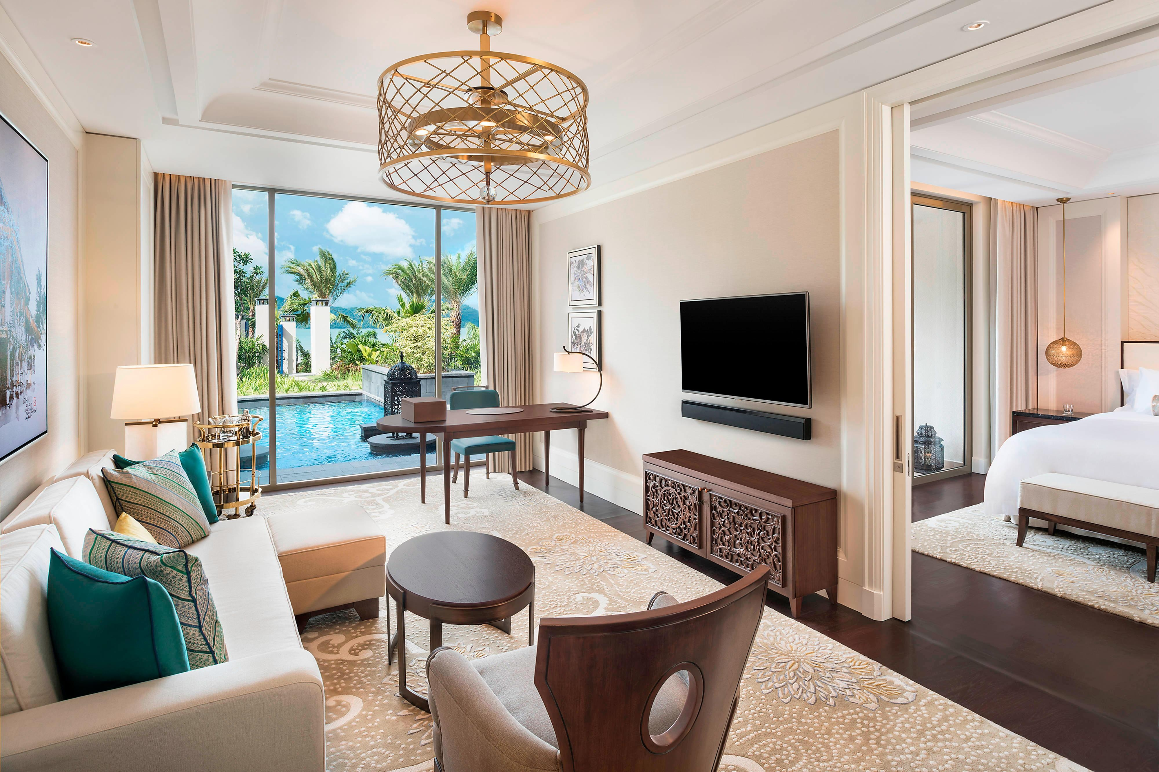 St. Regis Pool Suite - Living Room