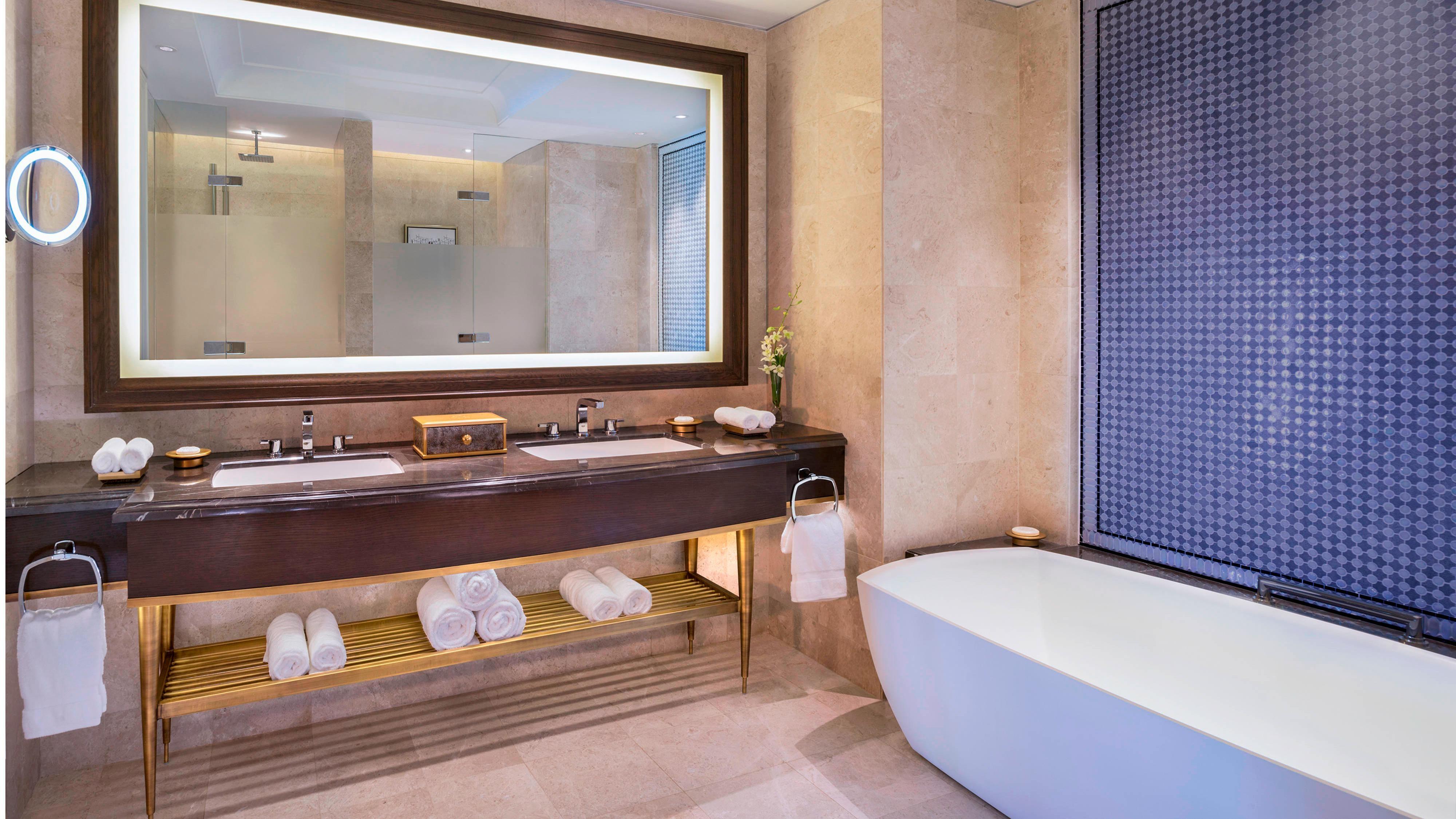 Premier Andaman Sea Bathroom