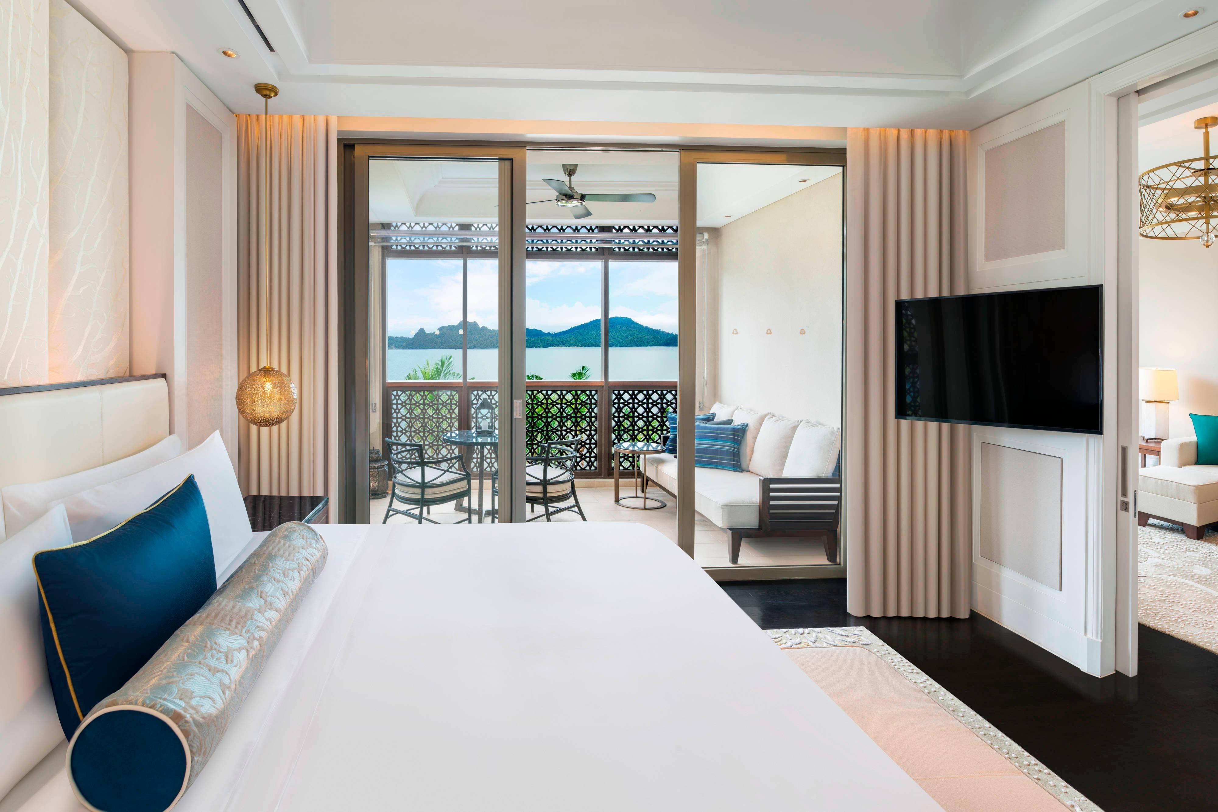 St Regis Suite - Bedroom