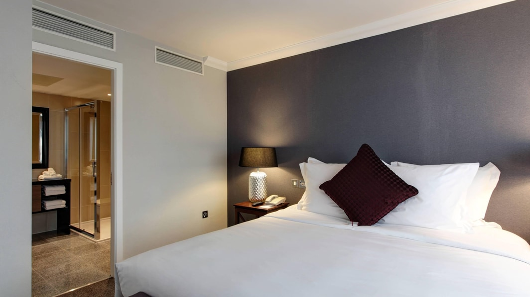 London Heathrow airport hotel suite