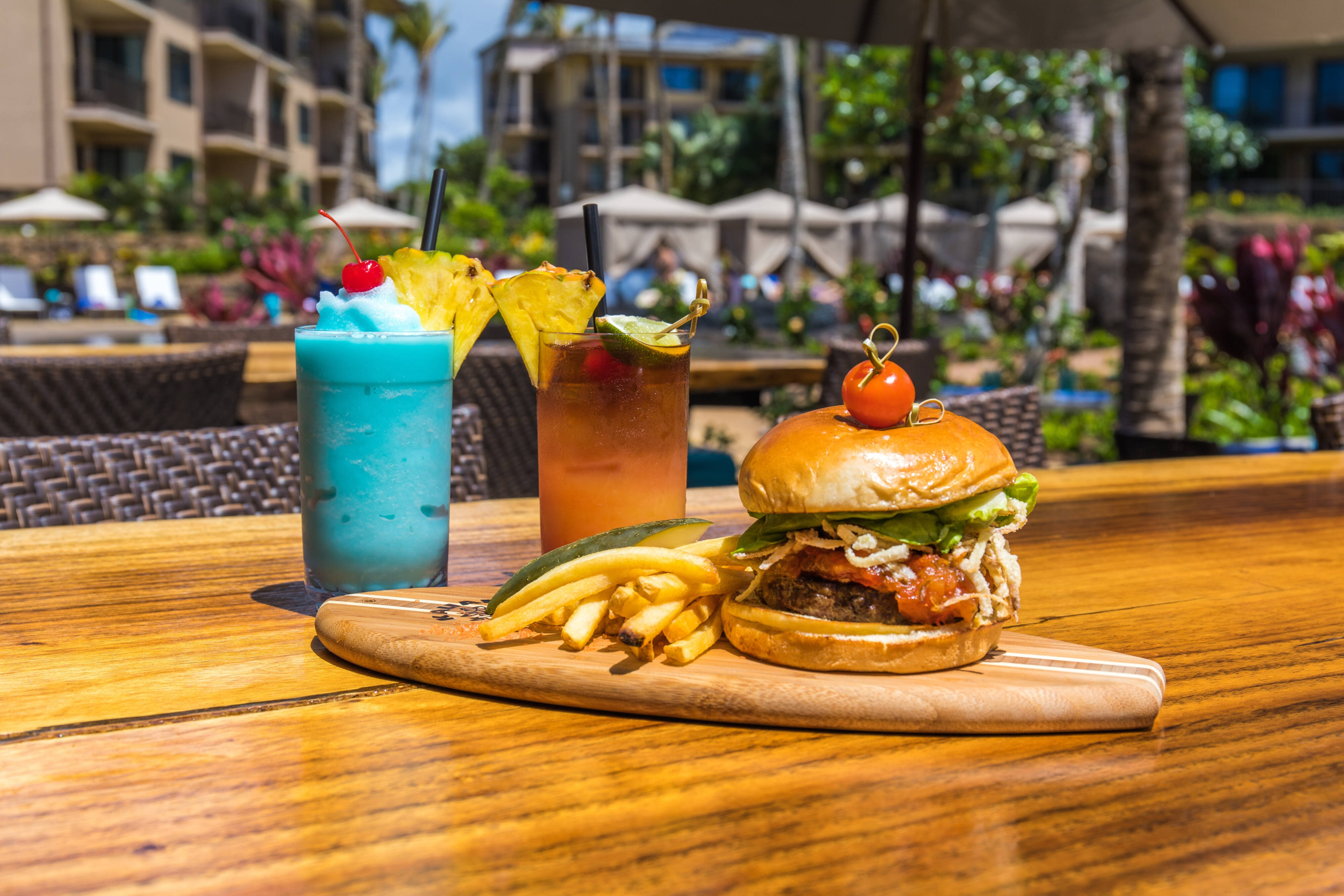 Holoholo Grill - Burger & Cocktails