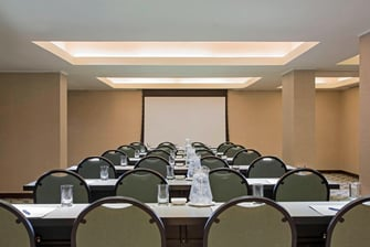 Las Plazas Meeting Room
