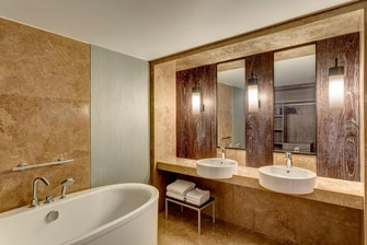 Le Meridien Suite - Bathroom