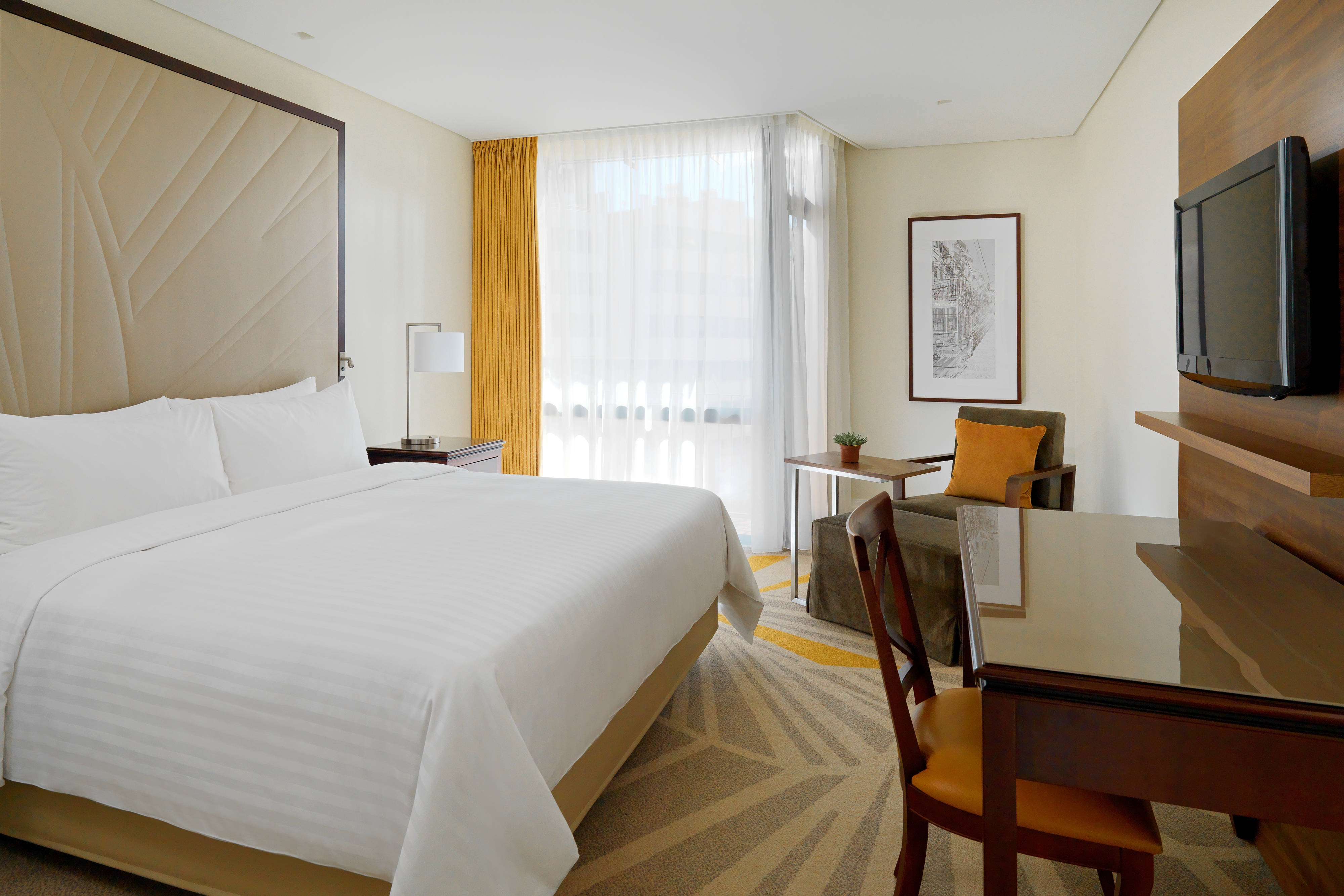 King Executive Guest Room – Bedroom