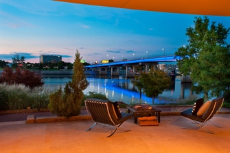 Riverview Meeting Room - Outdoor Patio