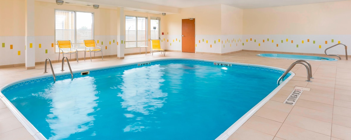 Fairfield Inn Lincoln Indoor Pool & Hot Tub