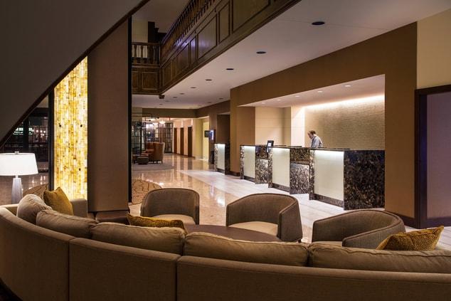 Lincoln Hotel Lobby