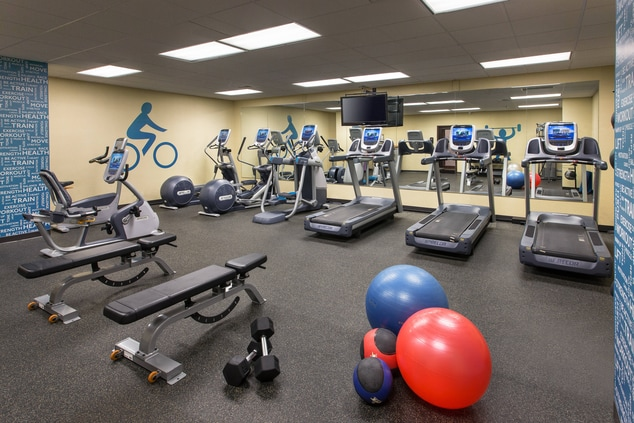 Hotels in Lincoln Fitness Center