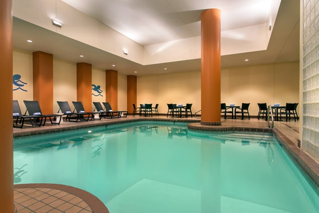 Downtown Lincoln Hotel Pool