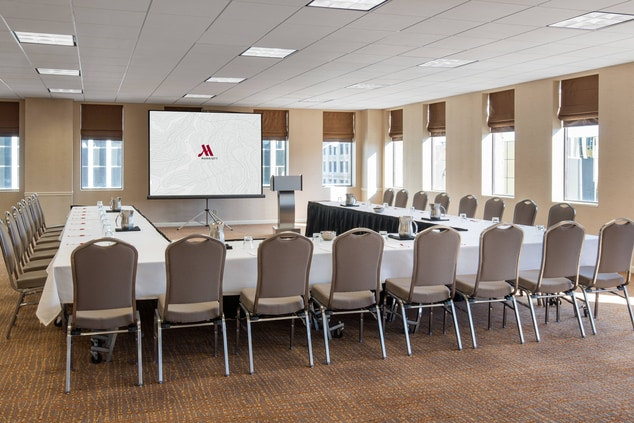 Lincoln Hotel Conference Rooms