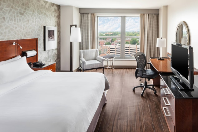 Executive Level Rooms at Lancaster Marriott at Penn Square