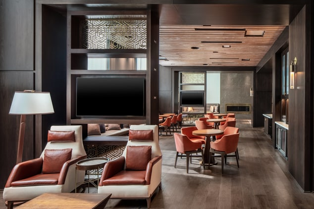 M Club Lounge at Lancaster Marriott at Penn Square