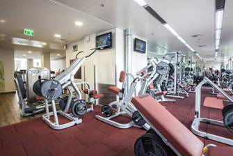 Fitness Center im Courtyard Hotel in Linz