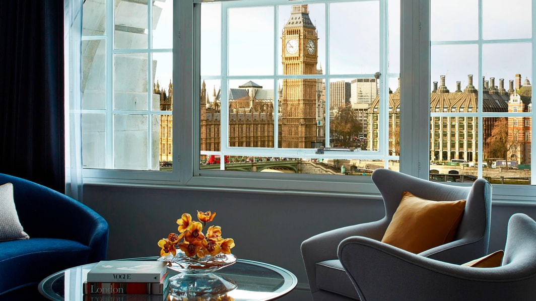 Люкс отеля с видом на Лондон