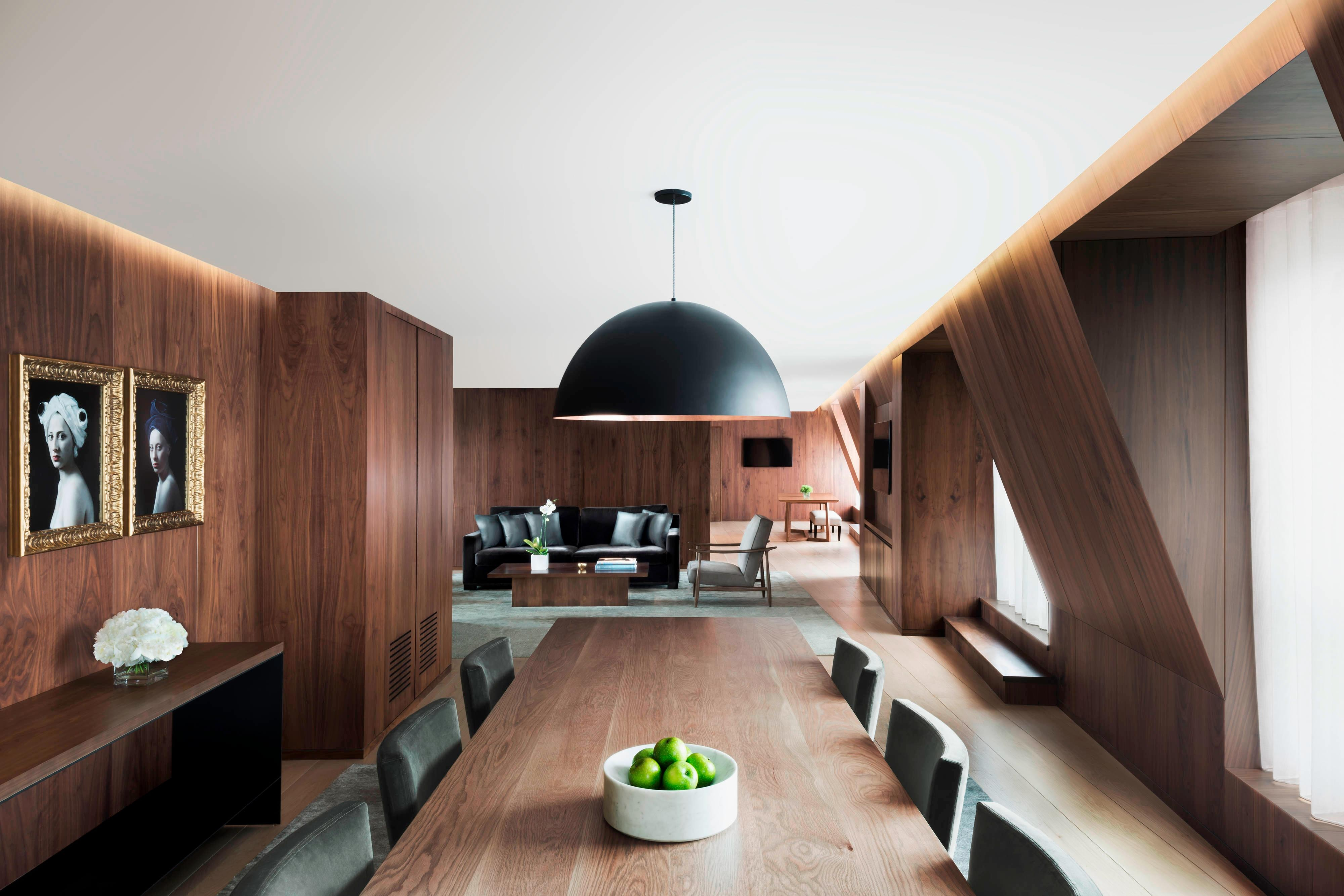 Penthouse Suite – Dining Area
