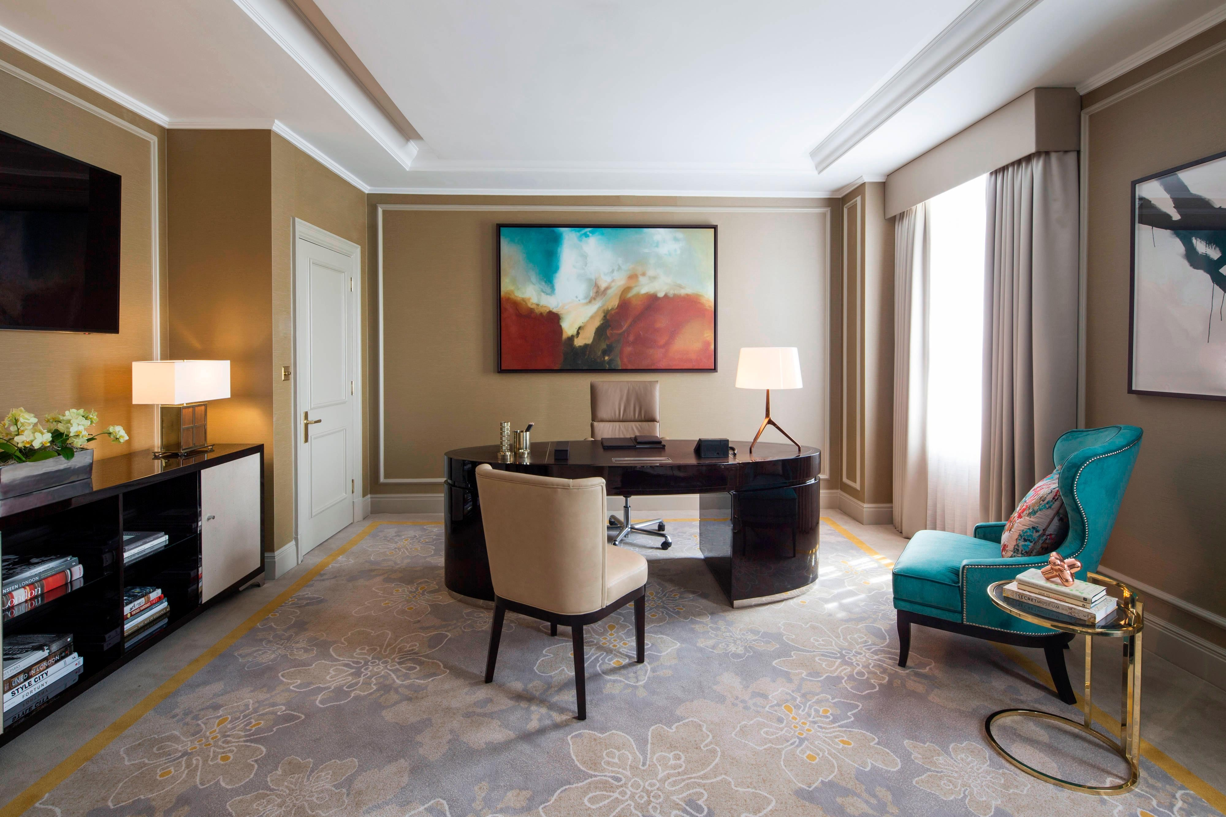 London Mayfair Suite Study