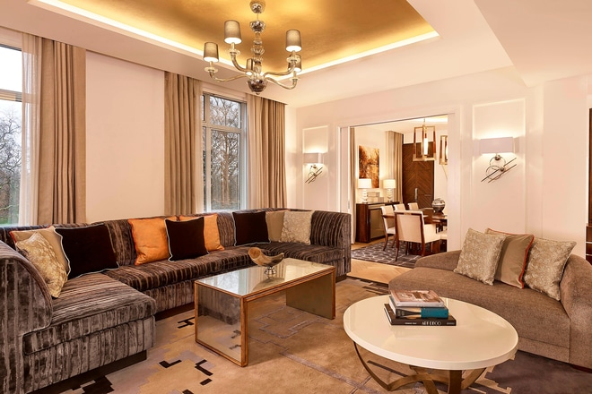 The Grand Suite - Dining and Living Area with Park View