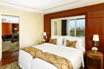 The Hyde Park Penthouse Suite - Guest Bedroom