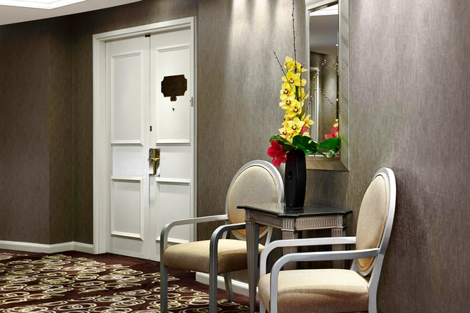 The Lowndes Penthouse Suite - Entrance