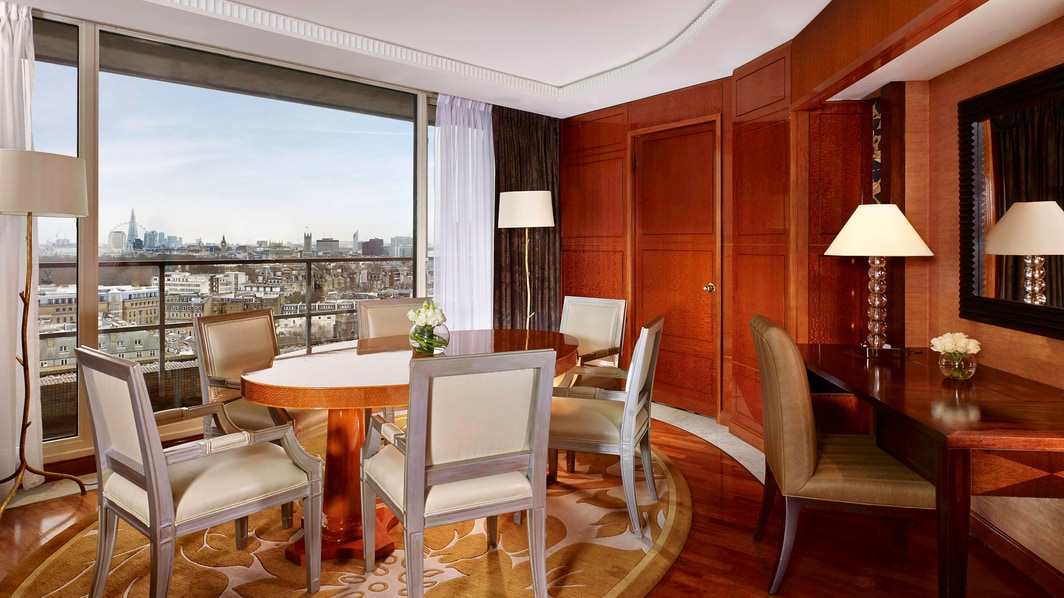 Suite Penthouse Westminister, comedor