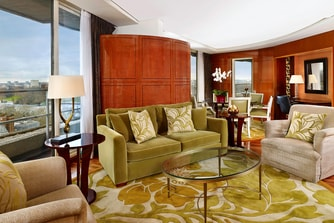 The Kensington Penthouse Suite - Living and Dining Room