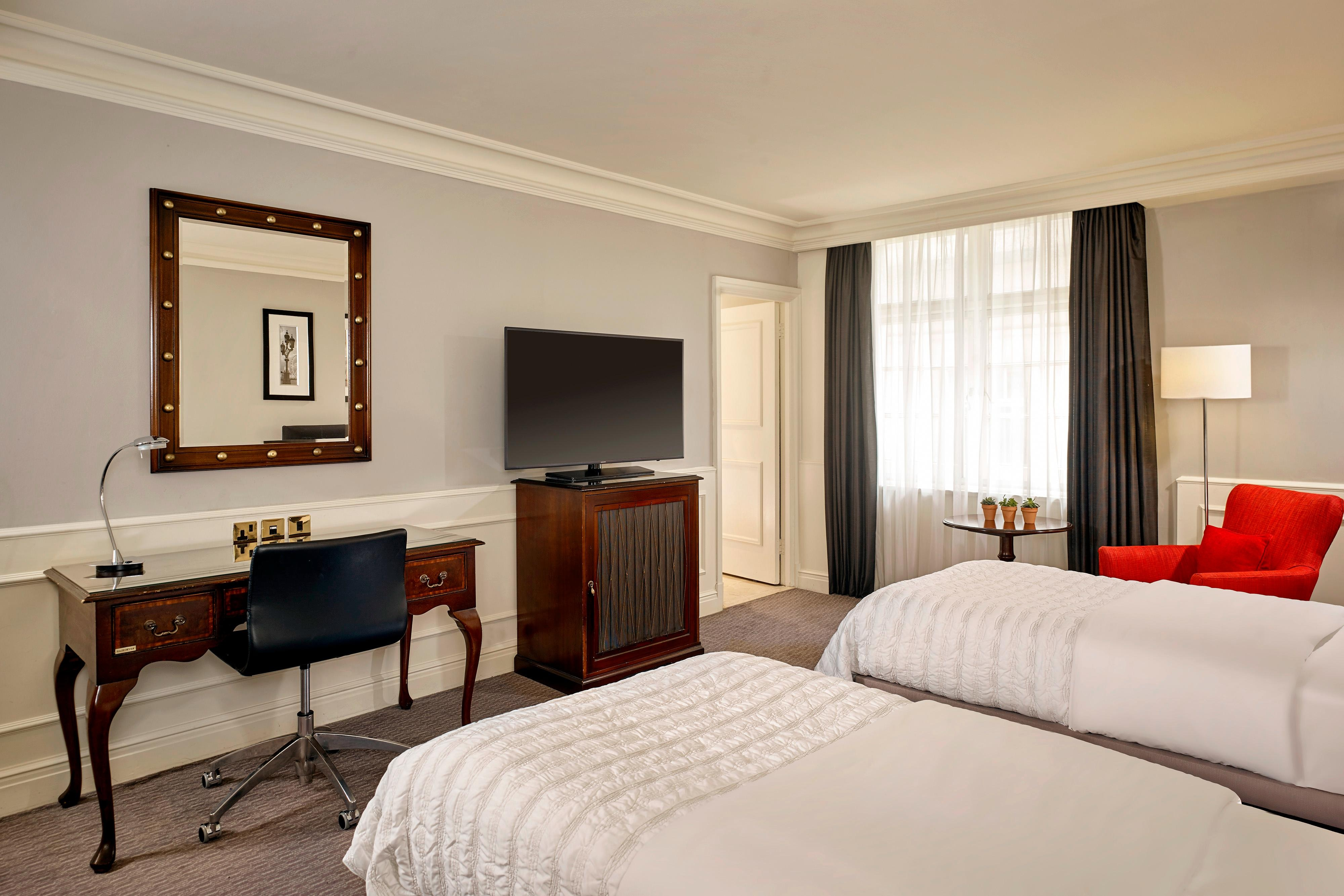 Twin Beds Classic Room