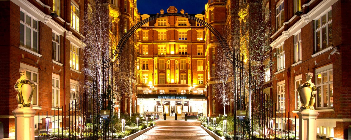 St. Ermin's Hotel – Eingang