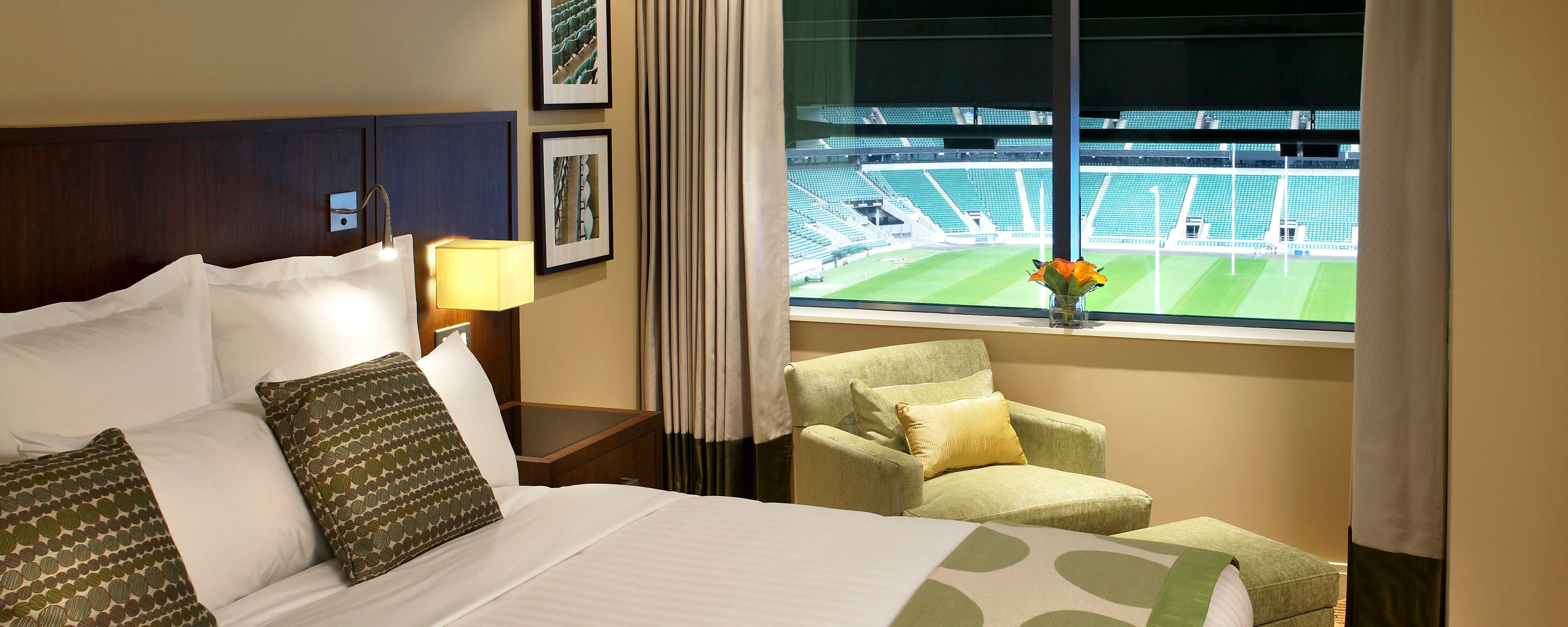 Pitch View Suite, Marriott Twickenham Hotel