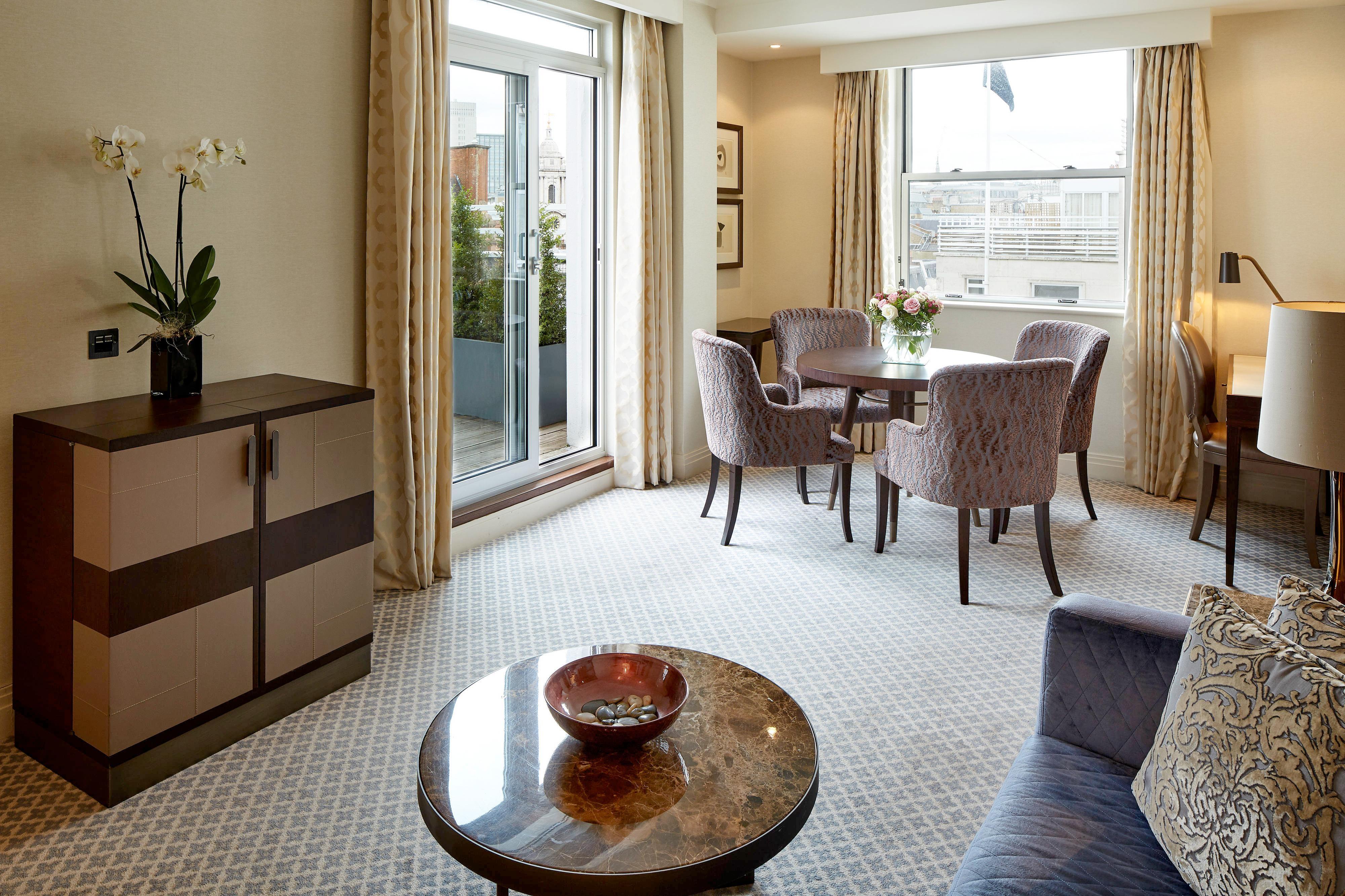 Berkeley Terrace Suite - Living Room
