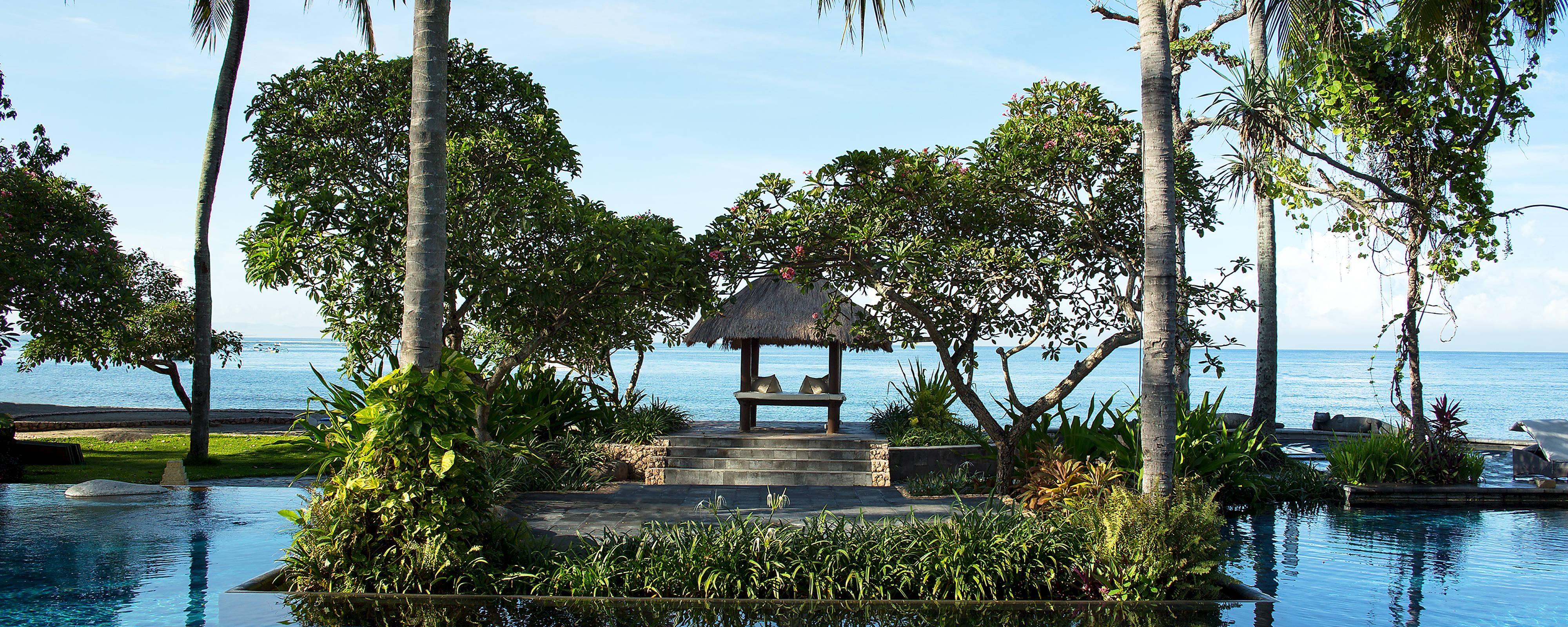 Beachfront Bale