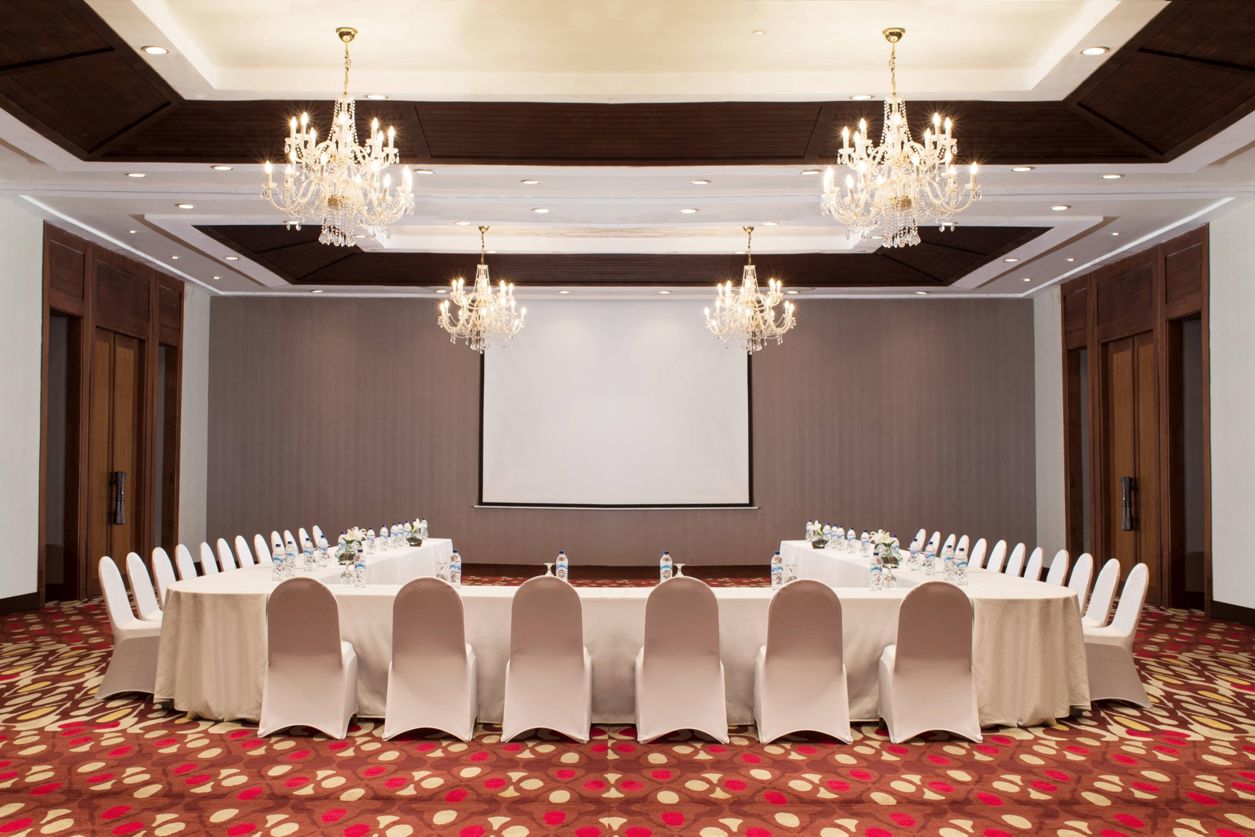 Alamanda Ballroom - Meeting Setup
