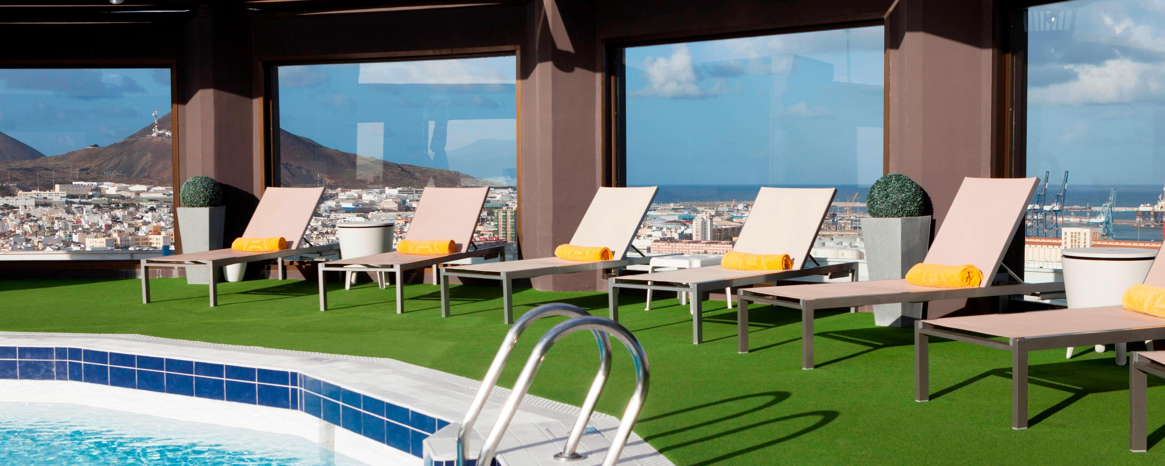 Swimming Pool Hotel AC Gran Canaria