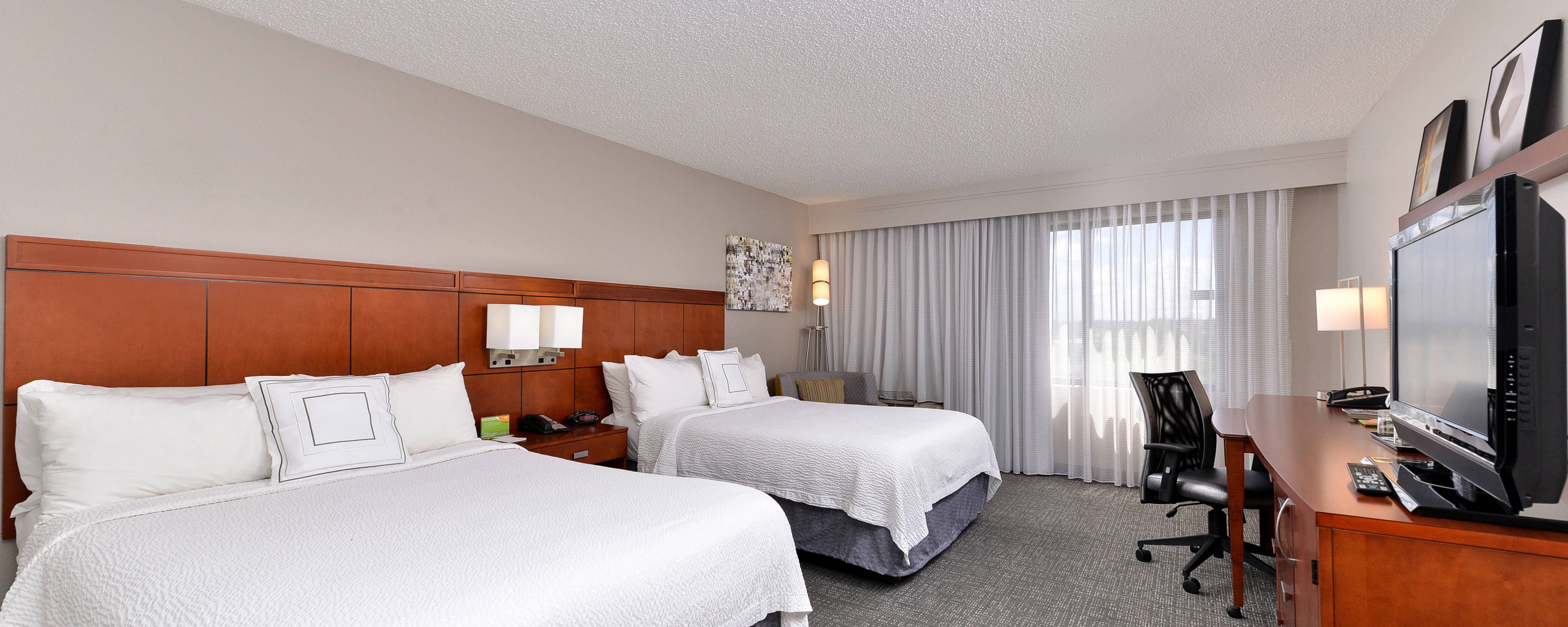Courtyard by Marriott Laredo Double/Double Guest Room