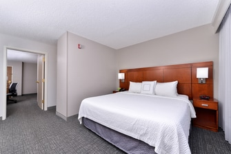Courtyard by Marriott Laredo King Suite