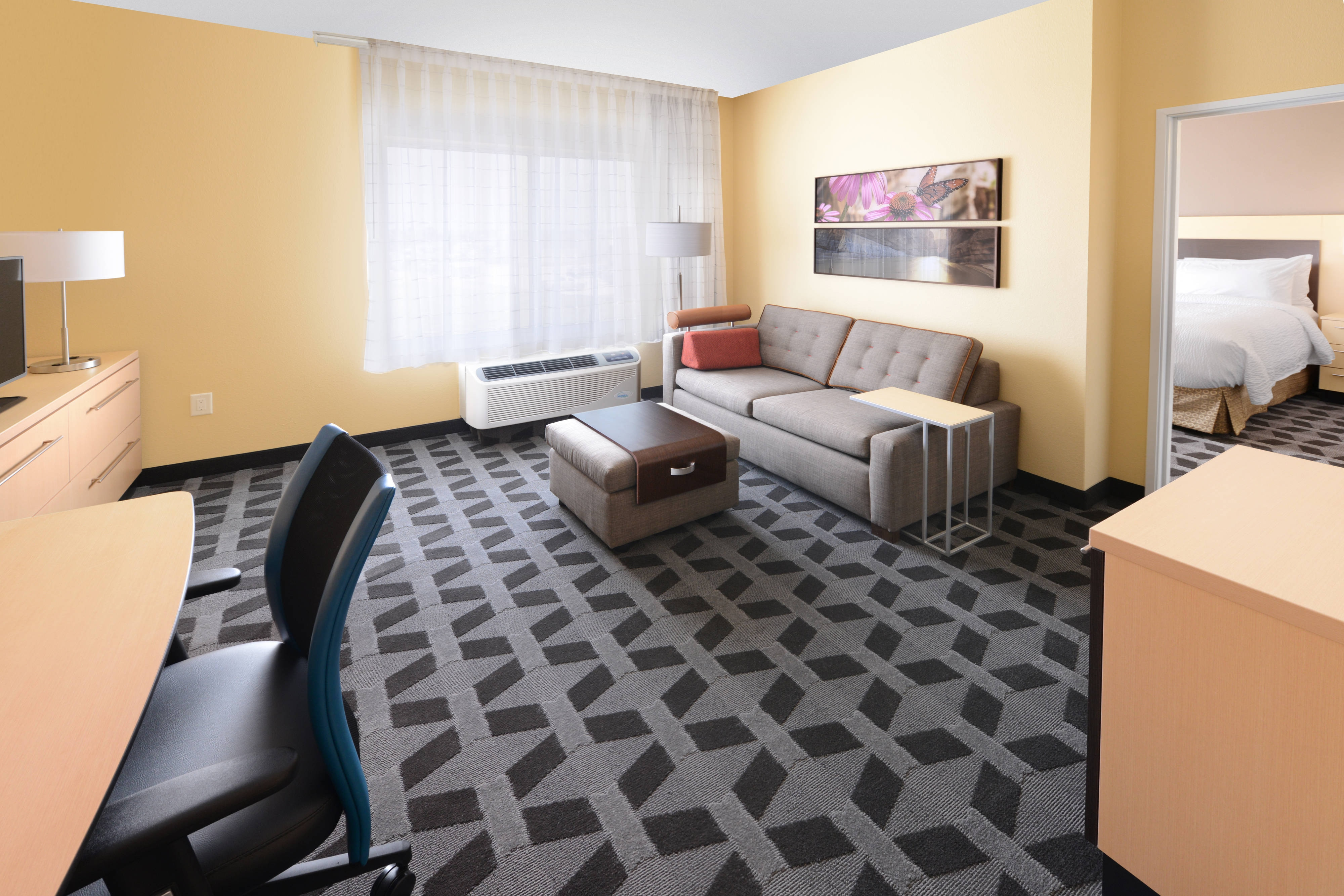 laredo tx extended stay airport hotel towneplace suites