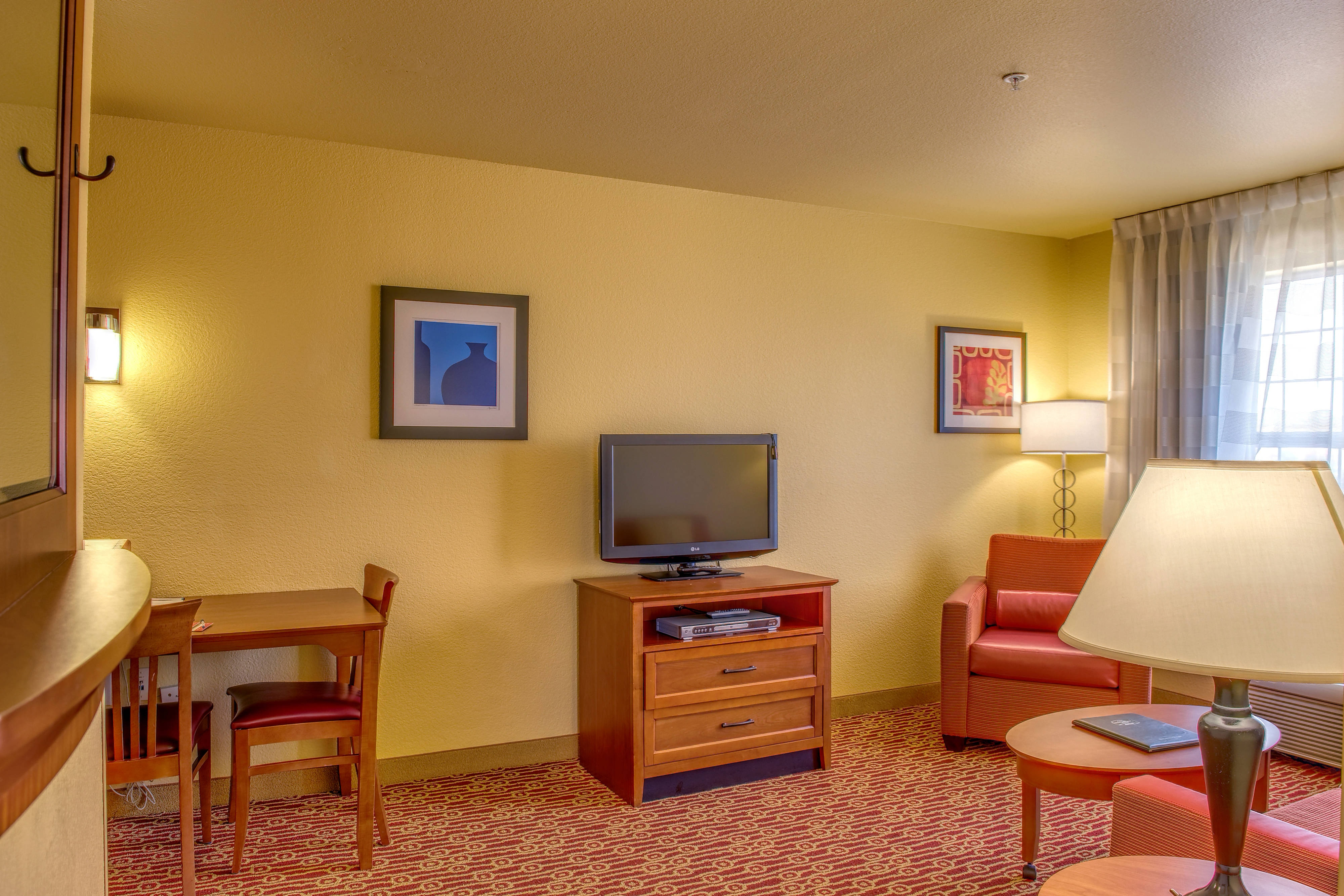 Towneplace Suites Las Cruces One-Bedroom Suite Living Area