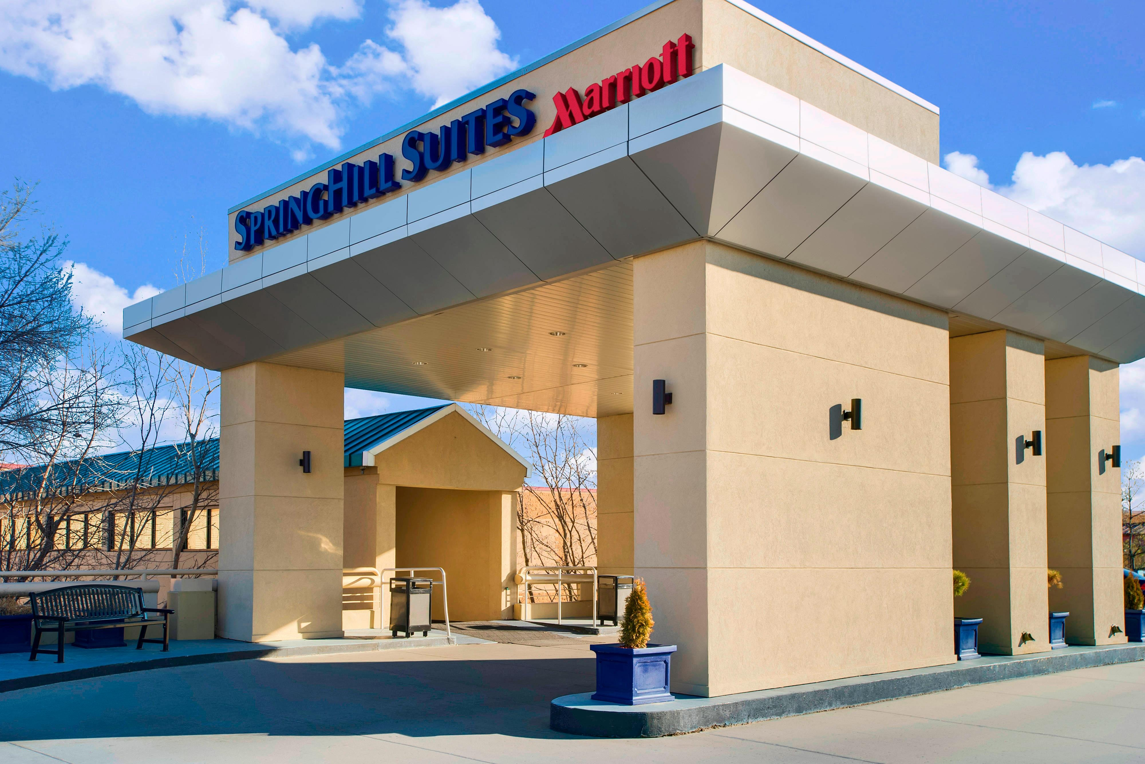 Springhill Suites Lawrence Exterior