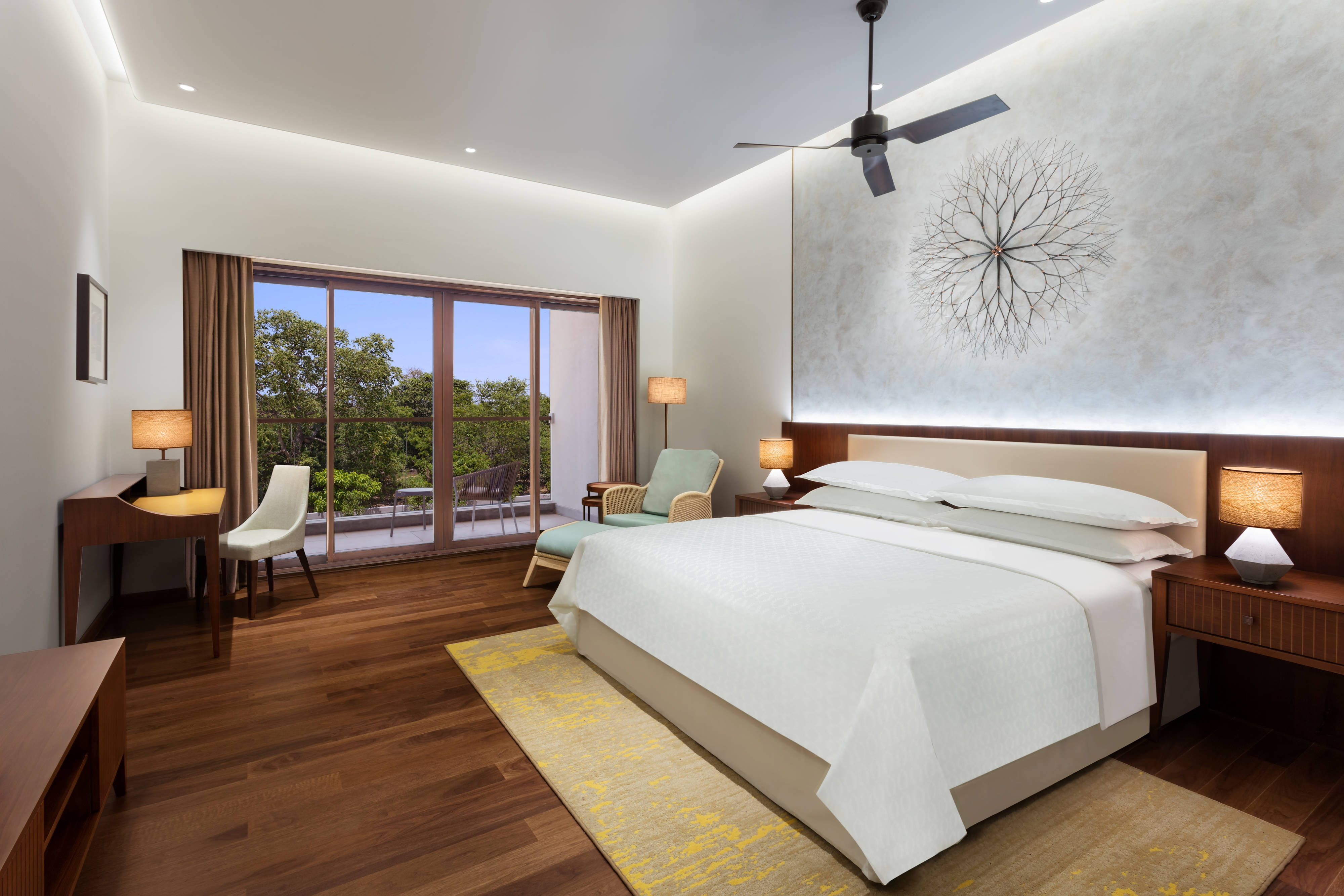 King Guest Room - Crocodile Park View