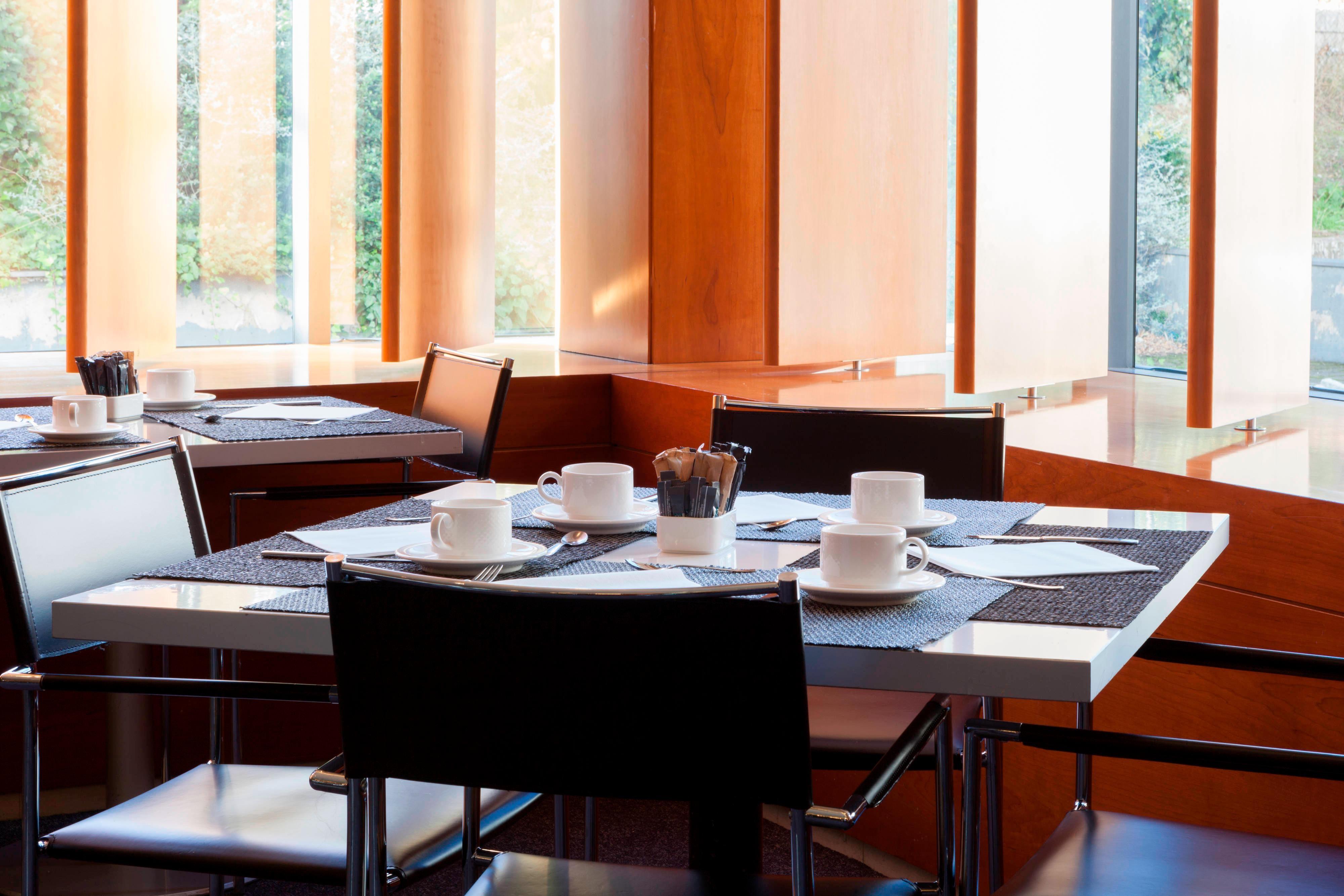 Aravaca hotel breakfast buffet